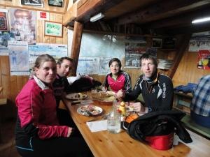 Comida en el Chalet de Gaillard. Parada obligatoria en una gran esquiada
