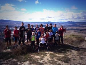 Foto de grupo en la cima de Ezkaba