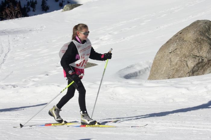Maider volvió a ponerse los skis y se le vio sonreir
