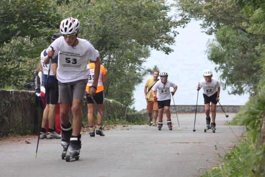 Iker, Jokin y Lander en la rampa más larga de Urgull